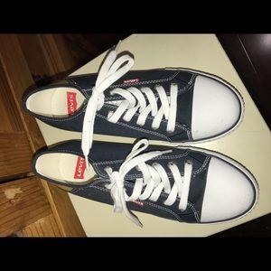 Levi Brand Sneakers